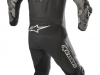 Alpinestars Atem v4 Leather Suit, GP Plus R v2 Glove e SMX Plus v2 Boot - foto