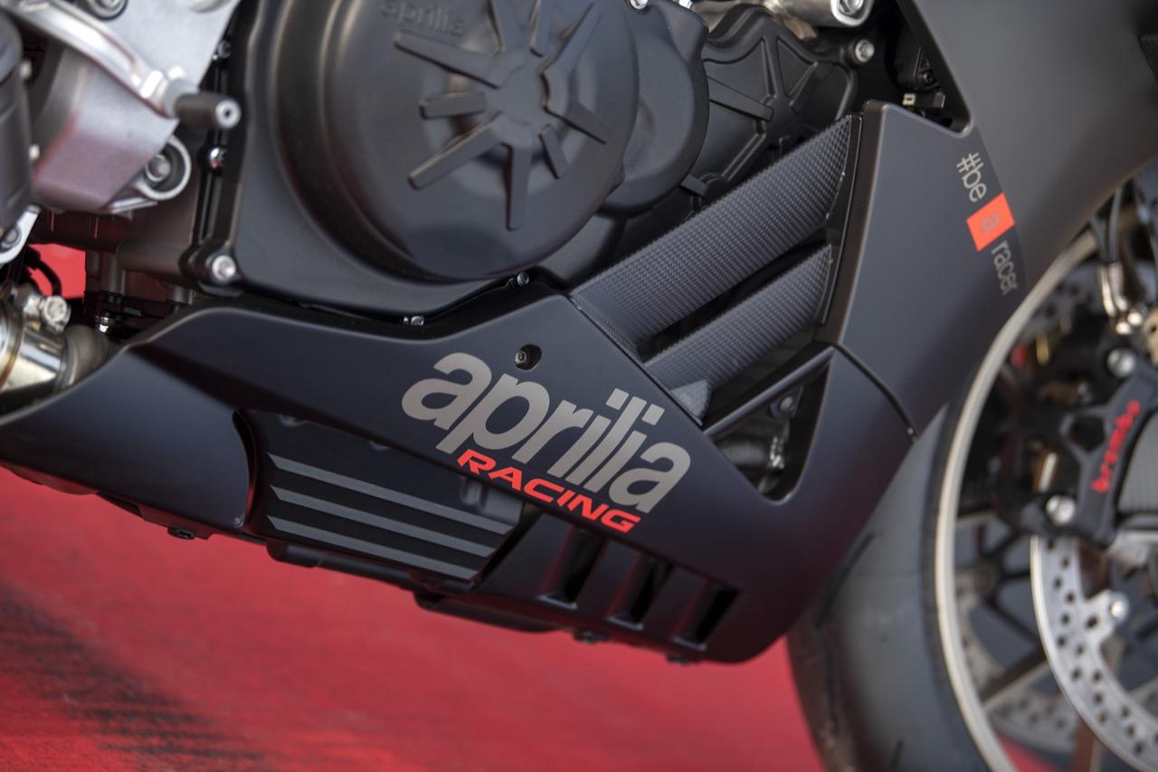 Aprilia RSV4 1100 Factory e RSV4 RR 2019