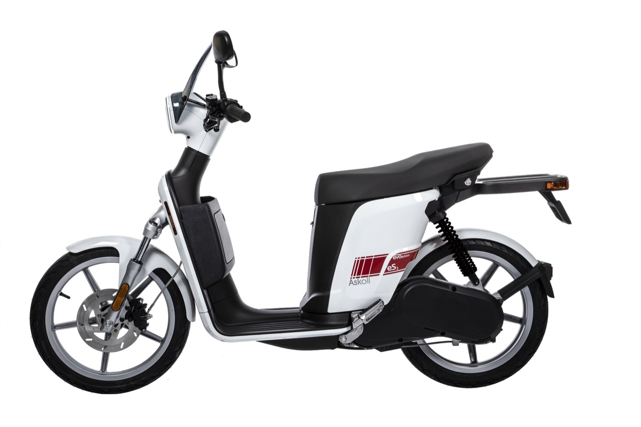 Askoll - nuove colorazioni per scooter EVOlution