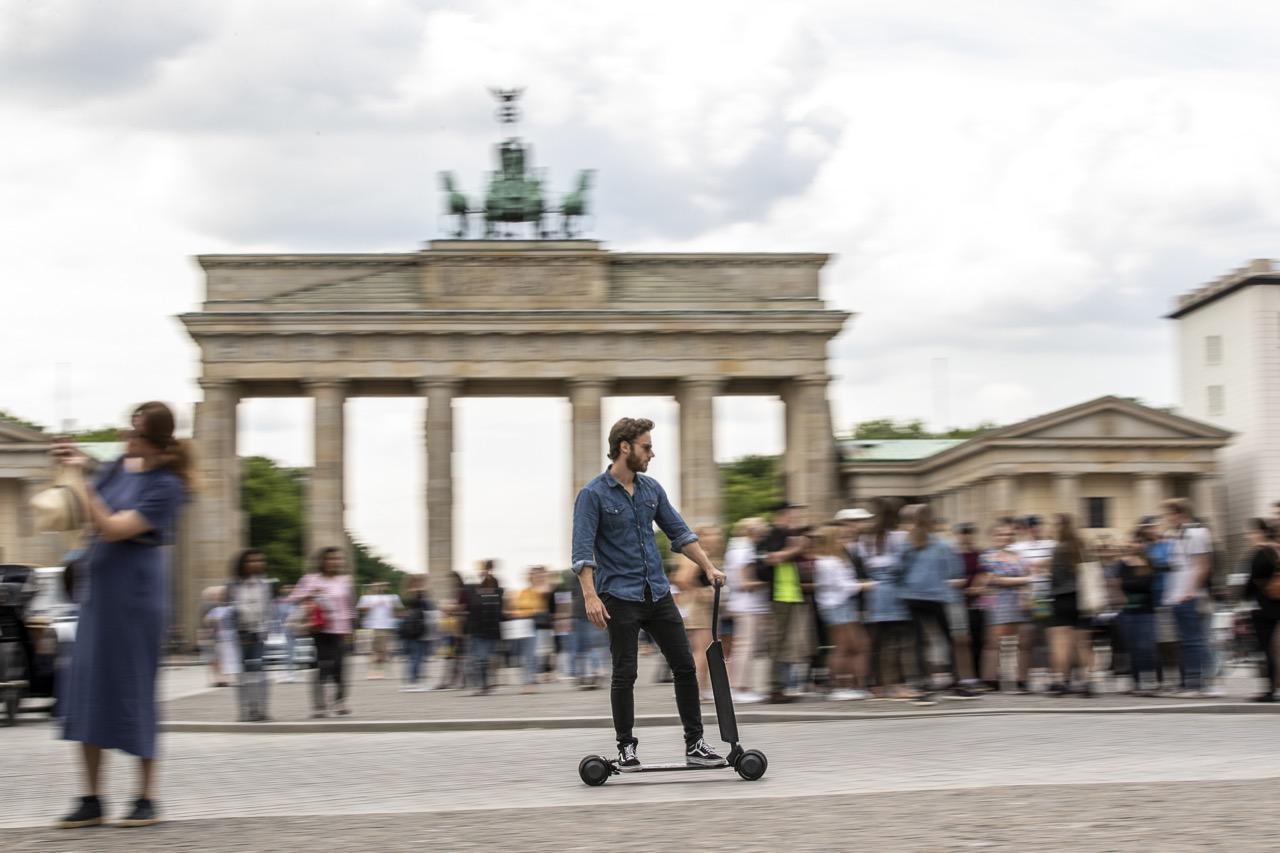 Audi e-tron Scooter - foto