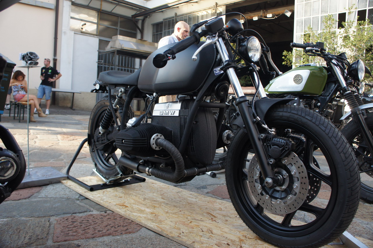b i g built in garage caf racer contest 94 152