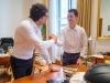 Casco intelligente - ministro Toninelli incontra giovane programmatore