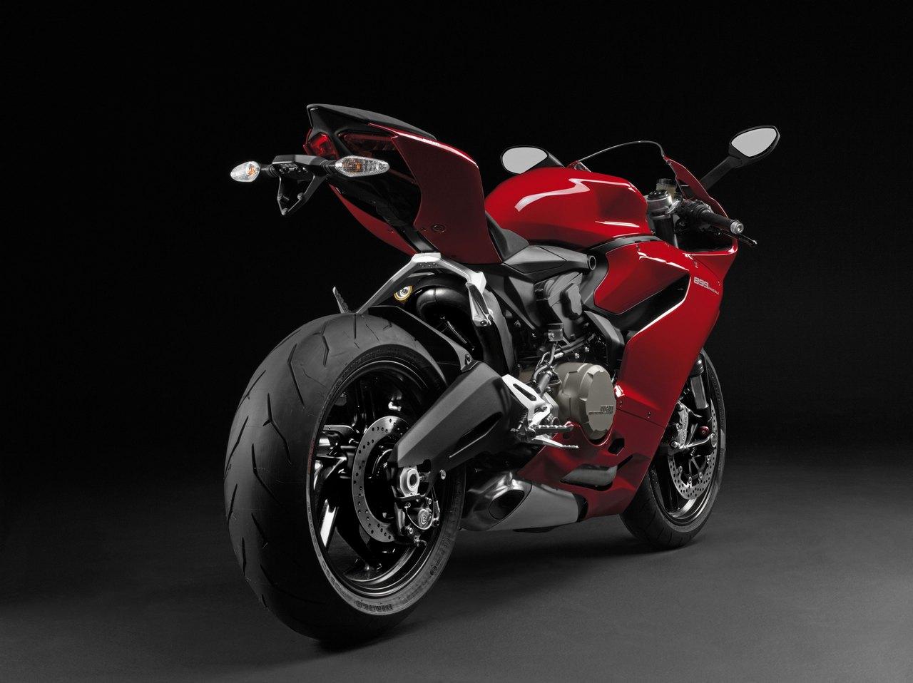 Ducati 899 Panigale - EICMA 2013