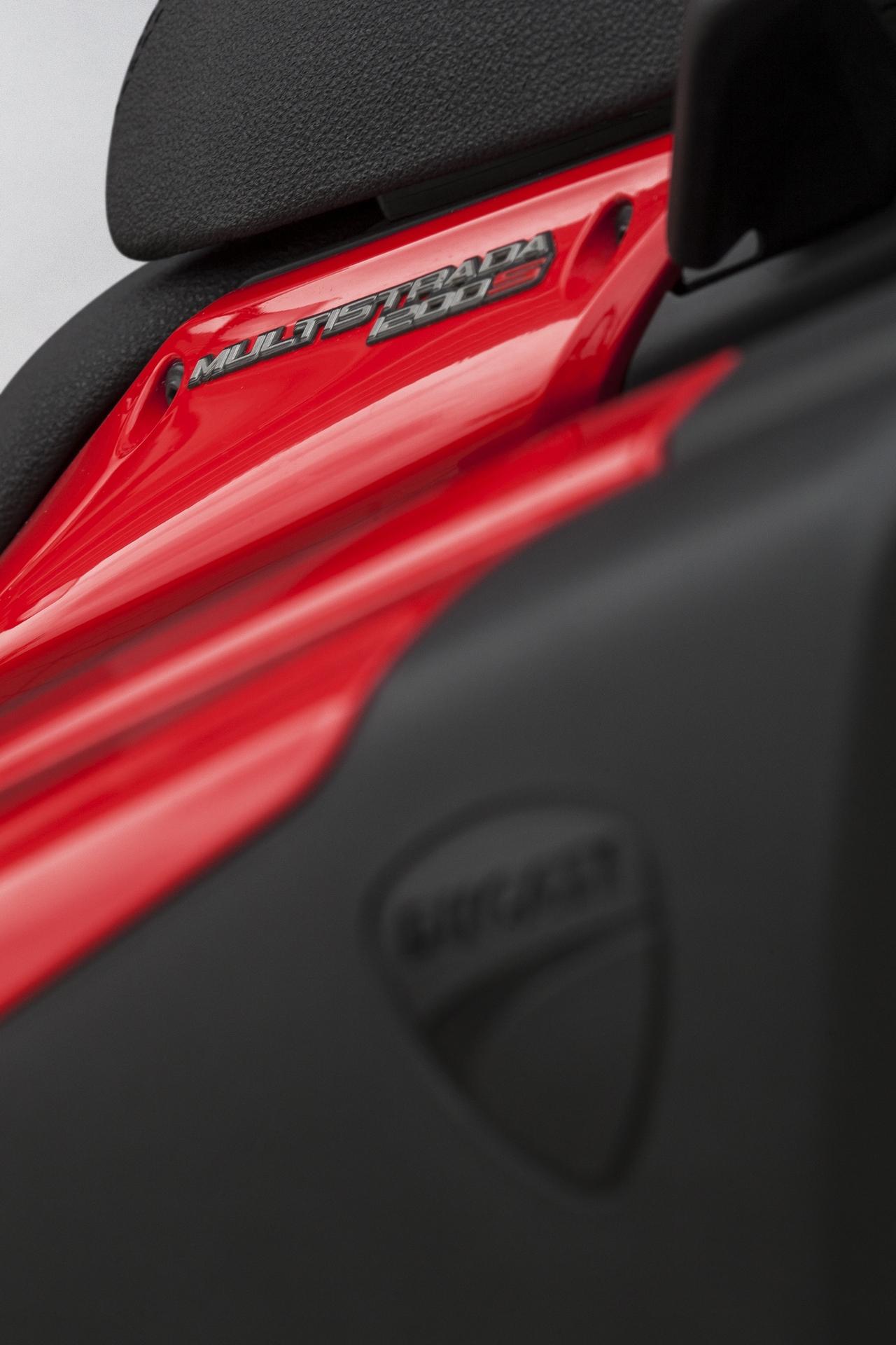 Ducati Multi... Ducati