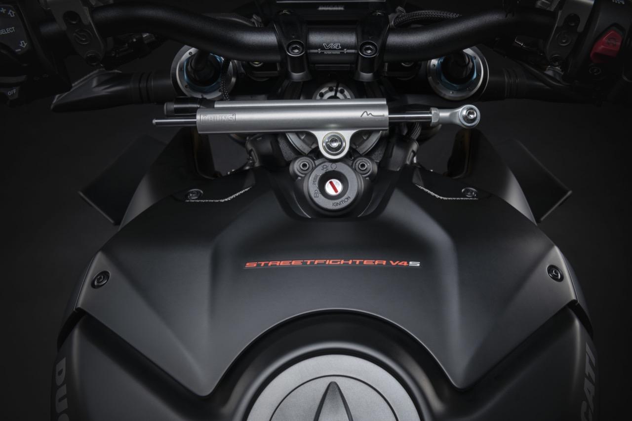 Ducati Streetfighter V4 S in Dark Stealth - foto