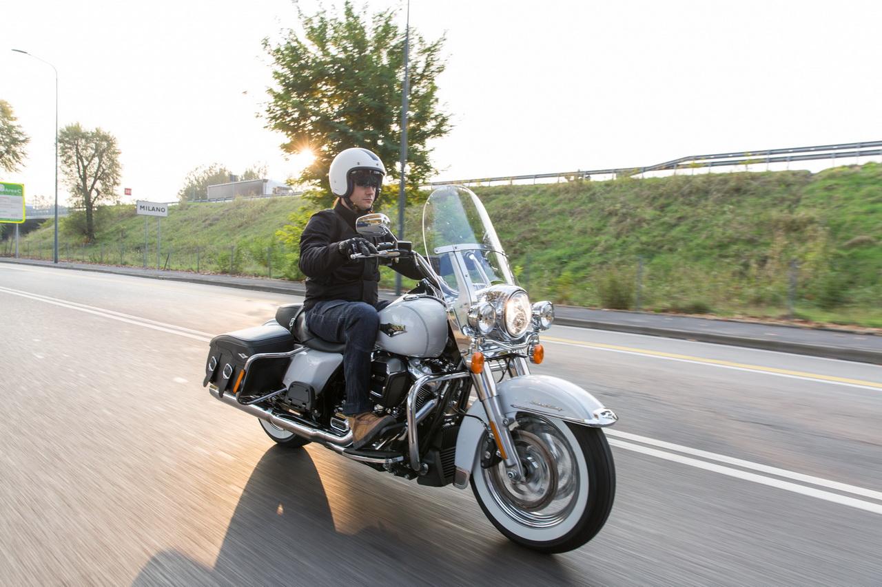 2016 Harley Davidson >> Harley-Davidson Road King Classic - Prova su Strada 2016 - Foto 26 di 97