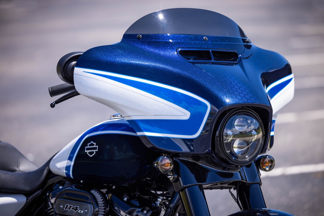 Harley-Davidson Street Glide Special Arctic Blast Limited Edition - foto