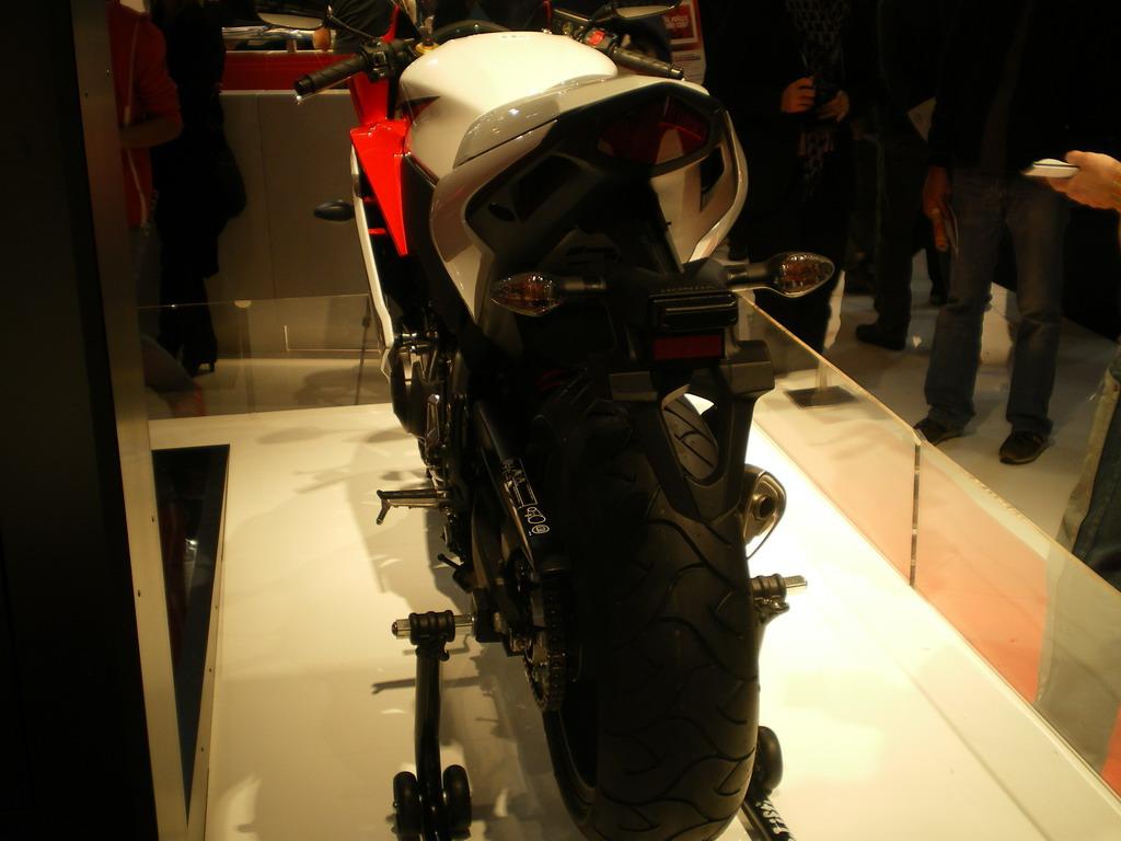 Honda CBR 600 F - EICMA 2010