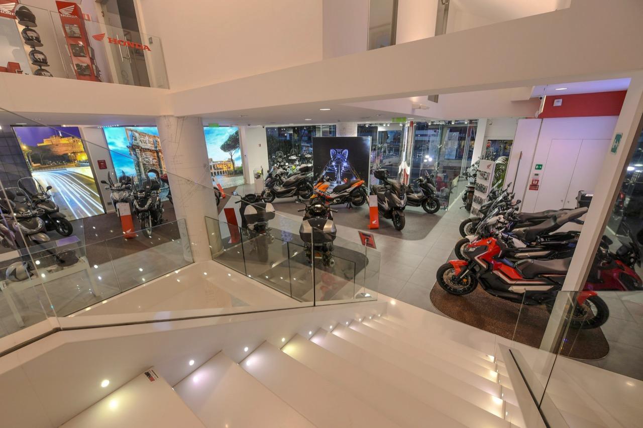 Honda Moto Roma - nuovo concept Dream Dealer