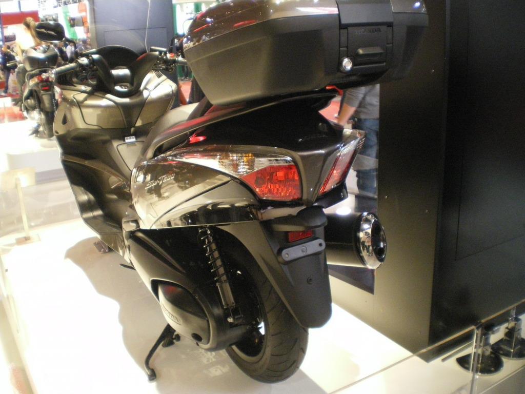 Honda SW-T600 - EICMA 2010