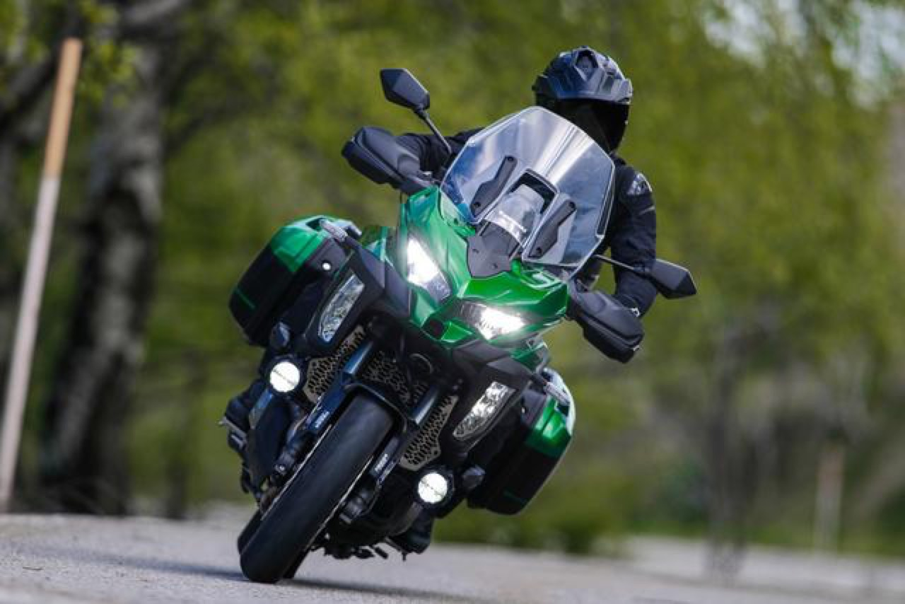 Kawasaki Z1000 SX, Versys 1000 e Ninja H2 SX - foto 2019