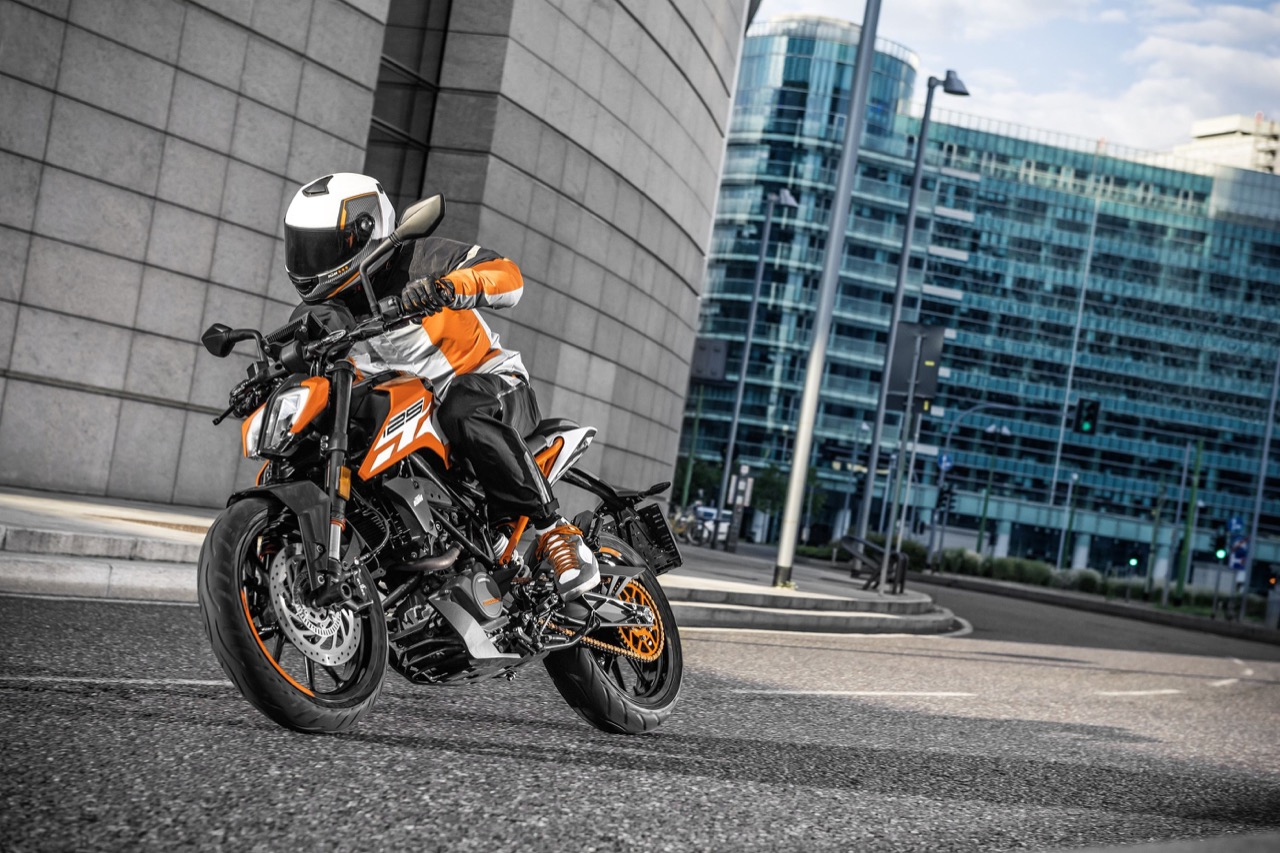 KTM 125 Duke e 390 Duke - KTM Power Duke