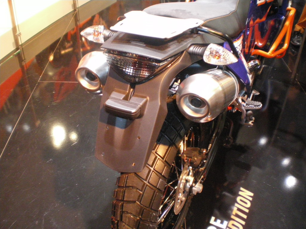 KTM 990 Adventure Dakar Edition - EICMA 2010
