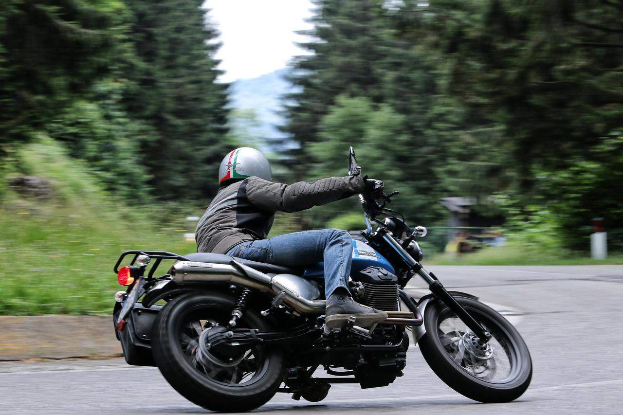 moto guzzi garage v7 ii 13 91