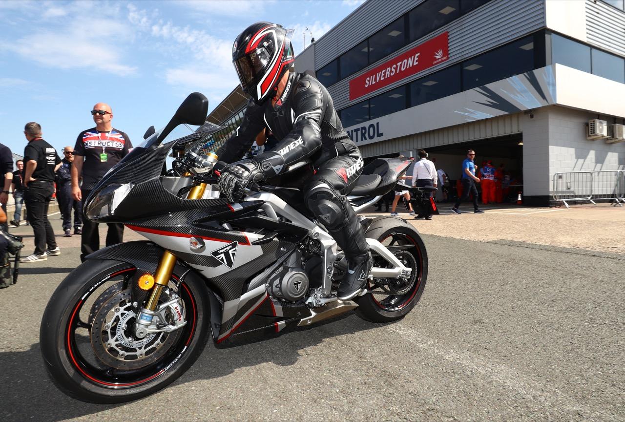 Triumph Daytona Moto2 765 Limited Edition - foto a Silverstone