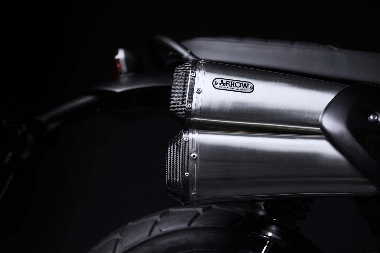 Triumph Scrambler 1200 Bond Edition - foto