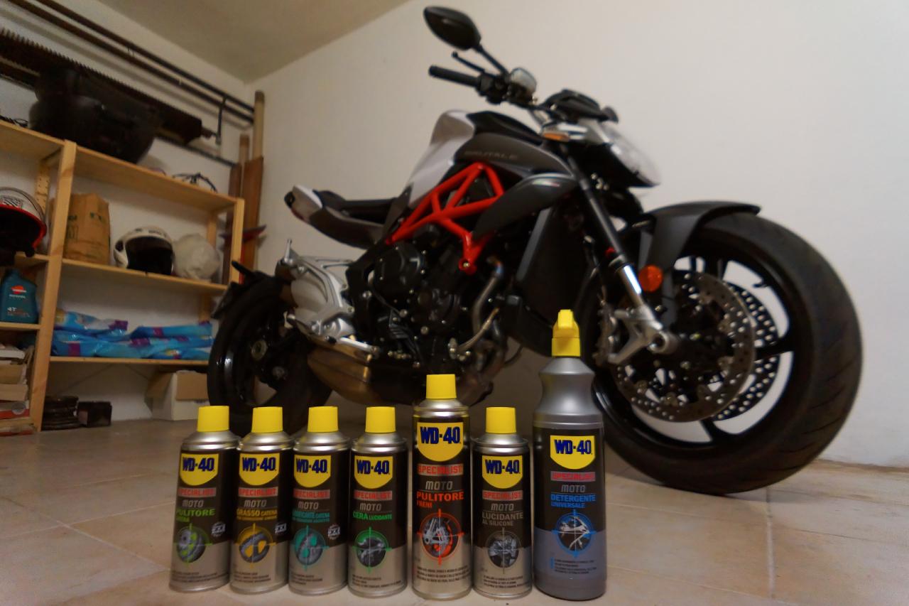 wd 40 specialist moto 2016 19 20. Black Bedroom Furniture Sets. Home Design Ideas