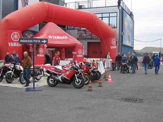 Yamaha Supertrophy RD/TZ 2010: ritorna la grande passione su due ruote
