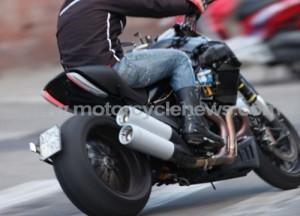 Ducati Mega Monster, immagini da Bologna della super-naked di Borgo Panigale