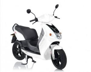 Govecs GO S1.2 e GO S2.4, nuovi modelli di scooter elettrico