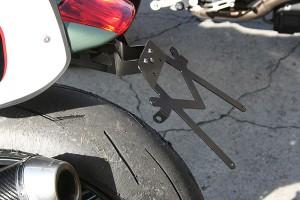 Moto Guzzi Griso ispira i nuovi accessori Ghezzi-Brian