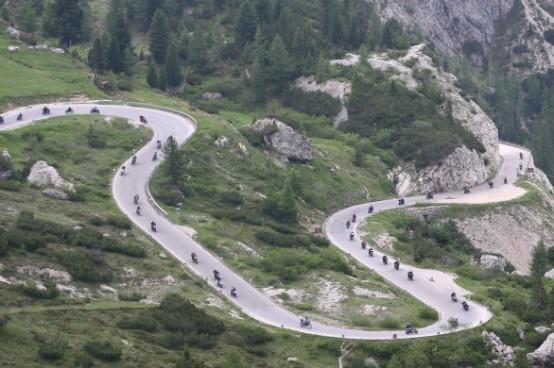 dolomiti ride e1309185507734 Motociclisti indisciplinati, fioccano le multe sulle Dolomiti