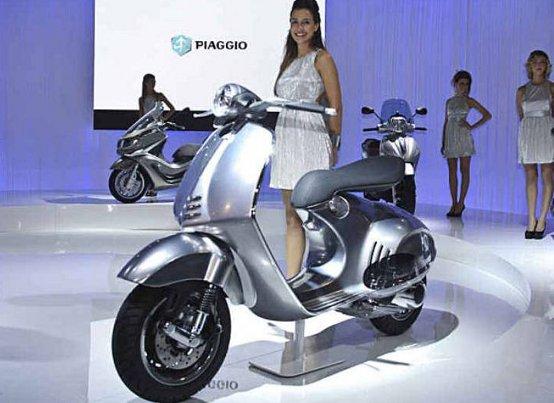 EICMA 2011, Piaggio tra tradizione e innovazione