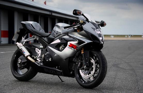 La nuova Suzuki GSX-R1000 in promozione
