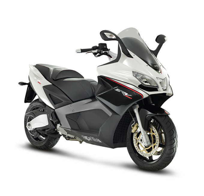 anteprima maxi scooter aprilia srv 850 a spazio broletto. Black Bedroom Furniture Sets. Home Design Ideas
