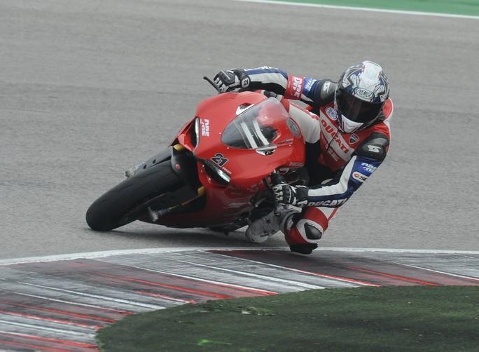 Sono aperte le iscrizioni alla Ducati Riding Experience 2013