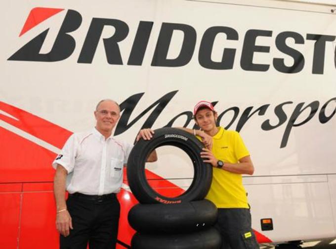 Bridgestone-Valentino Rossi: il matrimonio continua
