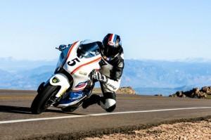 Lightning Superbike, una moto elettrica vince al Pikes Peak 2013