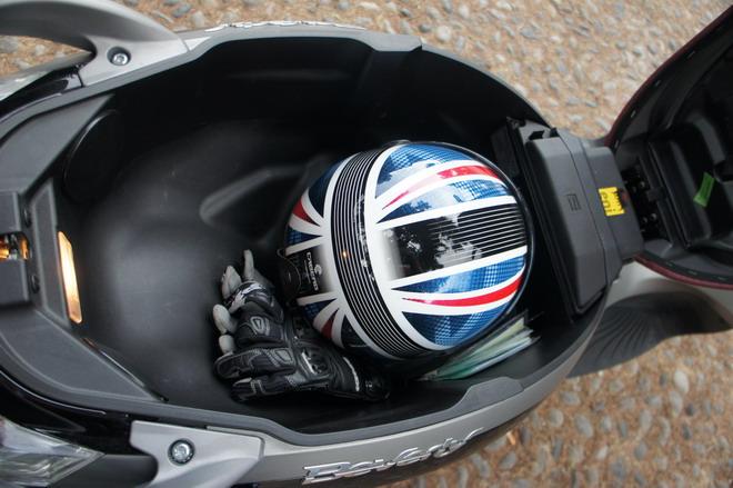 Piaggio Beverly 350 Sporttouring Prova Su Strada