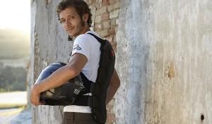 Dainese Manis Back Protector:  adattabilità camaleontica e sicurezza alla guida