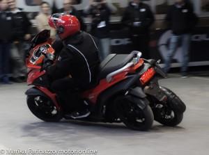 Quadro 4, lanciato ad EICMA 2014 il primo scooter a 4 ruote al mondo [VIDEO INTERVISTA]
