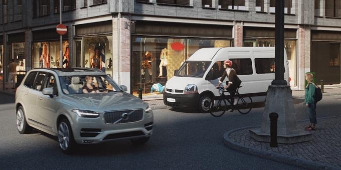 Volvo, nasce l'app salvavita di ciclisti e motociclisti