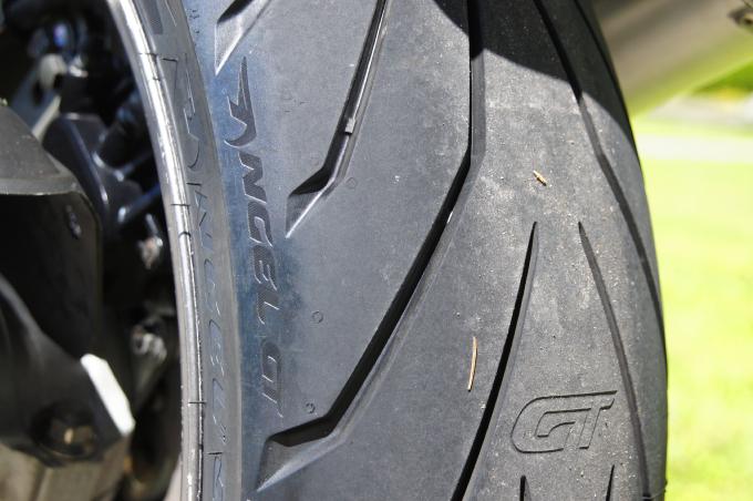 TL per Moto Gomme Pirelli Angel gt 2 150 70 ZR17 69W