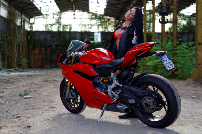 Ducati_Panigale_Andreea_Rusz_1