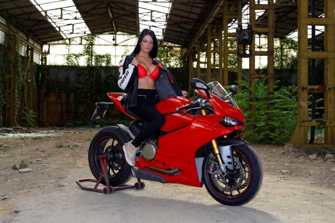 Ducati_Panigale_Andreea_Rusz_3