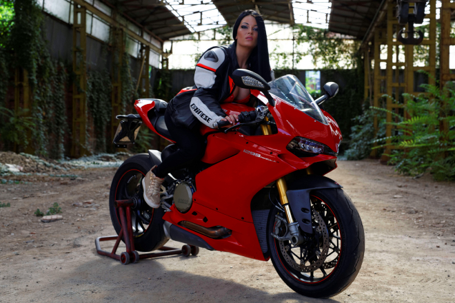Ducati_Panigale_Andreea_Rusz_4