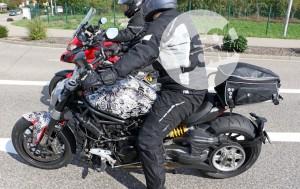 Nuova Ducati Diavel, sul web appare una nuova FOTO SPIA