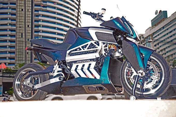 Aurora Motorcycles V8, l'ambiziosa due ruote si presenta ad EICMA 2015