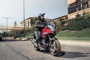 Nuova Honda CB500X: l'unica vera crossover a potenza piena per la patente A2 [FOTO]