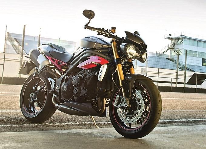 Triumph Motorcycles: il 2015 si chiude con il sorriso