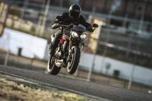 Nuove Triumph Speed Triple S e Speed Triple R: a febbraio in tutte le concessionarie