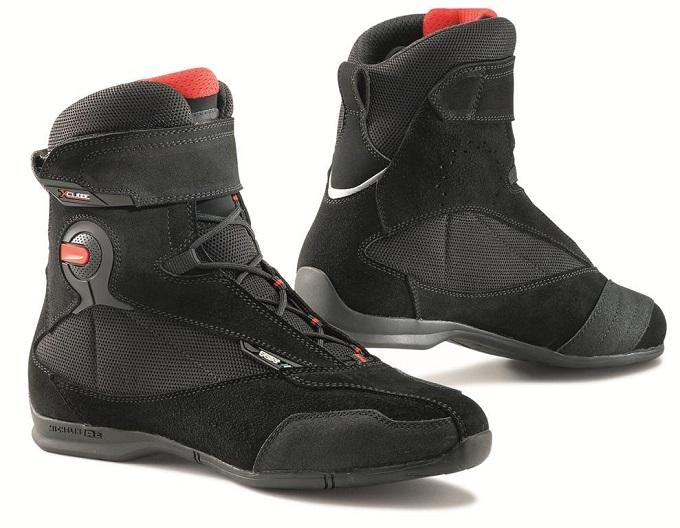 TCX X-Cube Evo Waterproof, la calzatura dall'animo sportivo