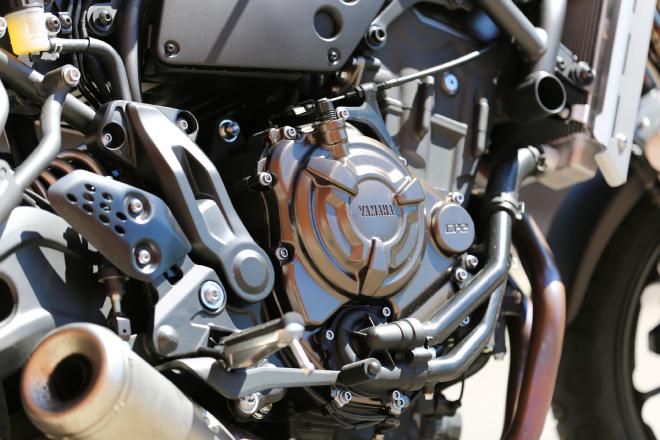 Yamaha_XSR_700_Pss_2016_motore