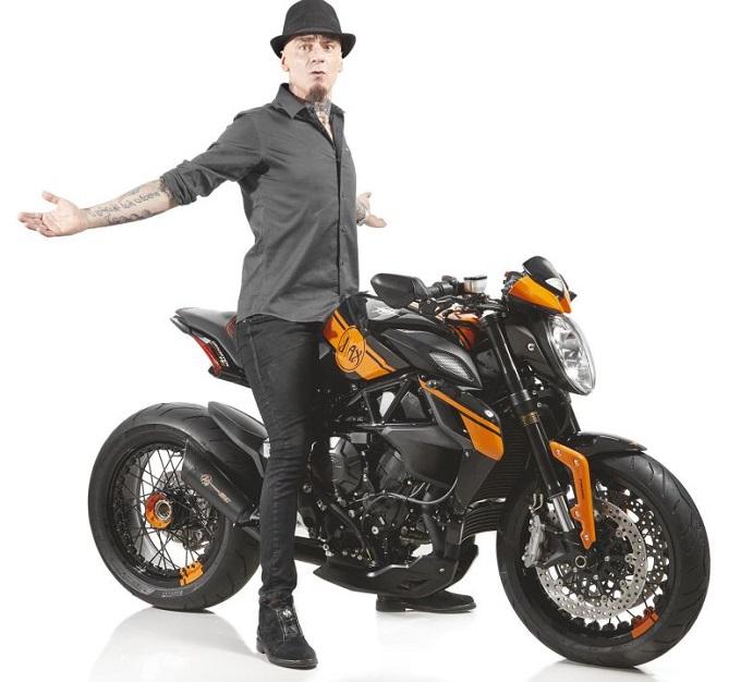 Prezzo mv agusta rivale idea di immagine del motociclo for Mv line listino prezzi