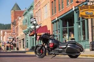 Moto Guzzi MGX-21 va alla conquista dell'America