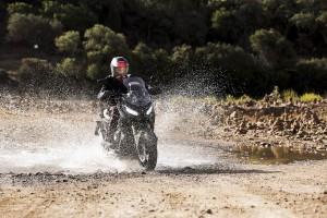 Honda X-ADV, lo spirito avventuroso del crossover sposa il comfort del commuting urbano